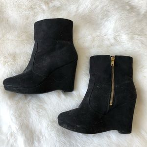 Faux Suede Black Boots with Wedge Heel